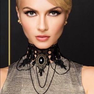 Traci Lynn The DUCHESS Necklace